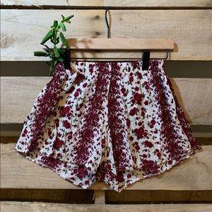 Brandy 💓 Melville | Boho Flower Shorts